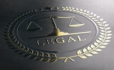 Les conseils sont donnés par un avocat ou par un juriste confirmé.
